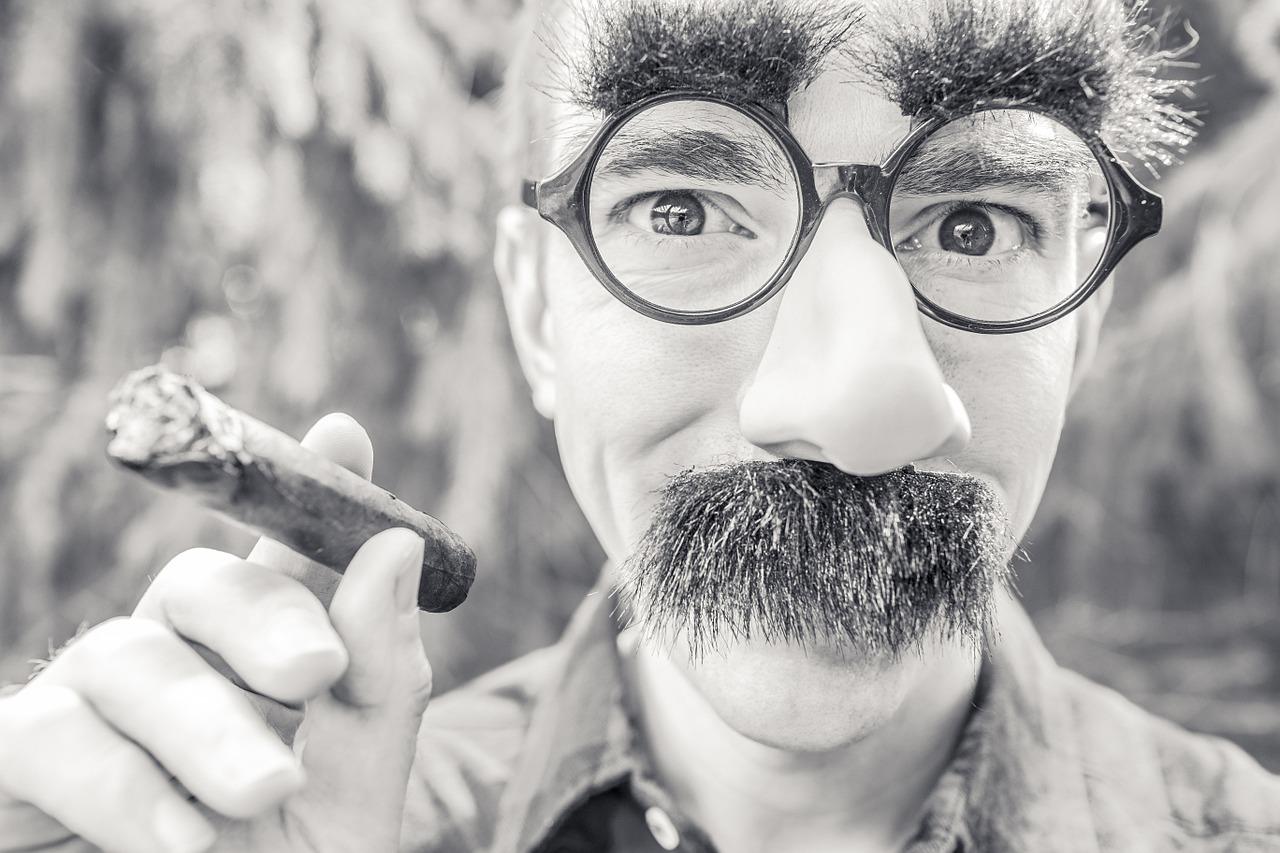 Une bien jolie moustache pour Movember
