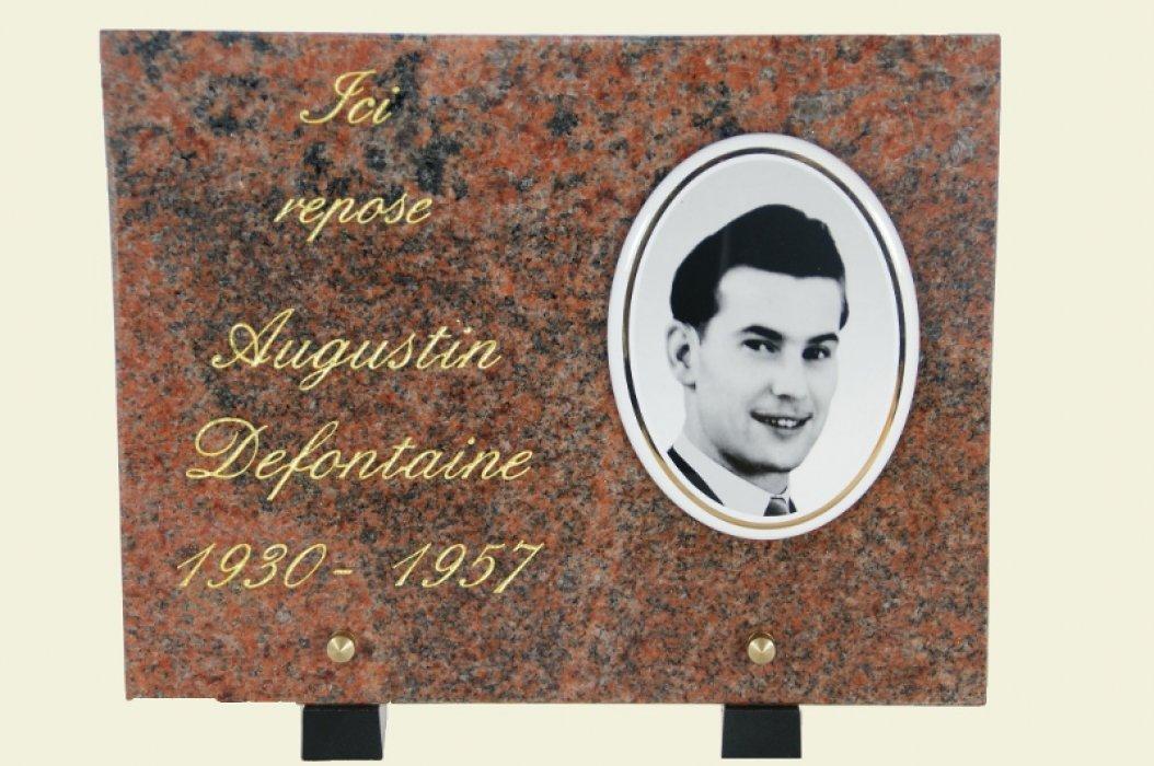 Une plaque funéraire réalisée par PierrePolie.com
