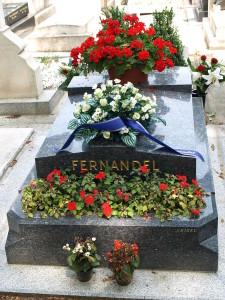 Tombe de Fernandel au cimetière de Passy