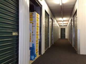 1280px-Self_storage_units