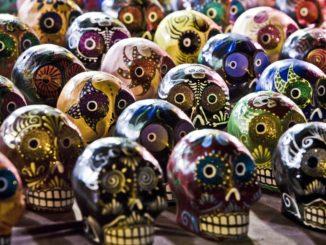 sugar-skulls-254715_960_720